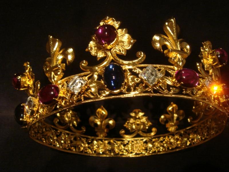 Couronne roi summer alumneye preparation entretien m a - Decoration couronne des rois ...