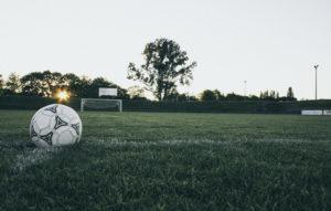 Stade de football coucher de soleil