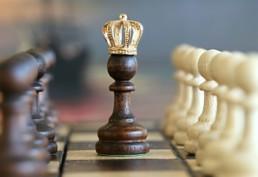 Pions avec une couronne (jeu d'échecs)